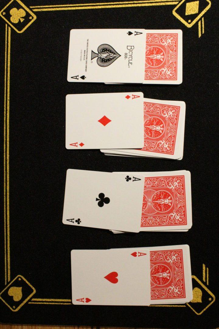 magie - tour de cartes simple