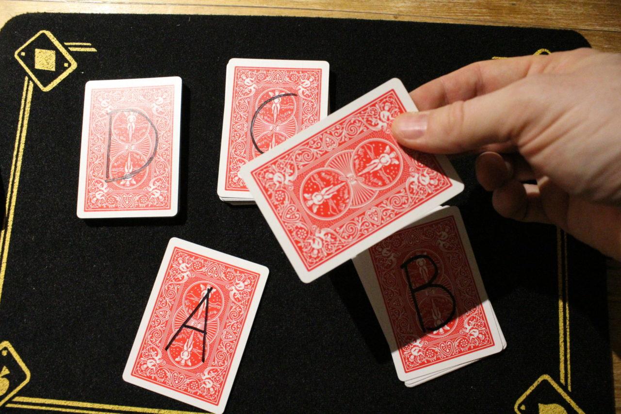 Tour de cartes simple
