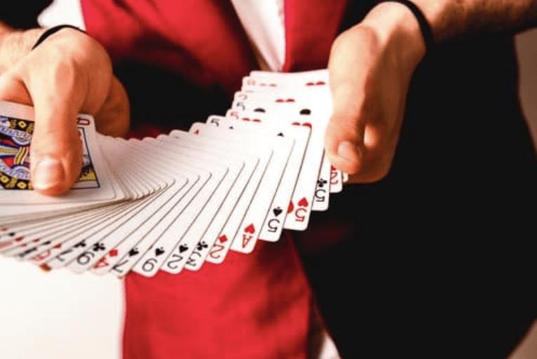 trouver un magicien mentaliste magie close-up partout en France , Suisse, Monaco