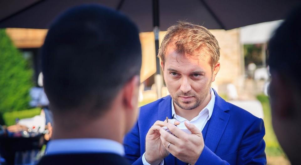 magicien mentaliste Belgique magie close-up pour événements